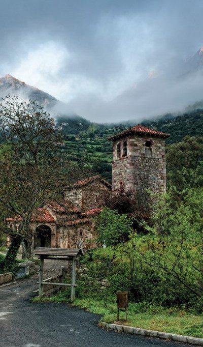 12-Iglesia-Mozarabe-de-Santa-Maria-de-Lebena-Copiar-1024x682